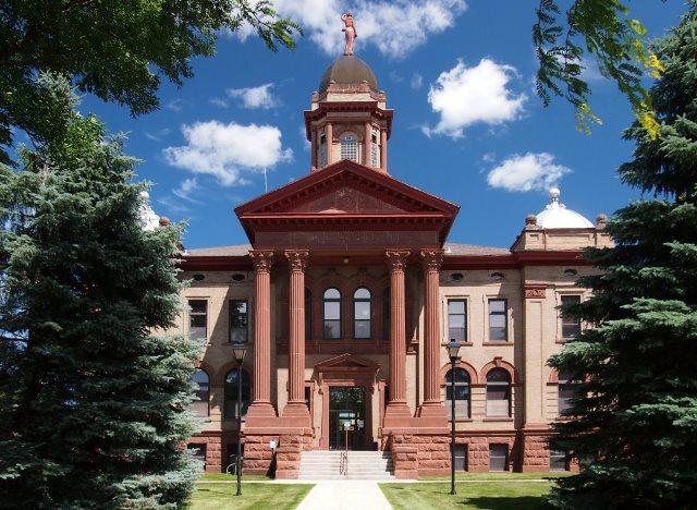 Cottonwood-County-Courthouse