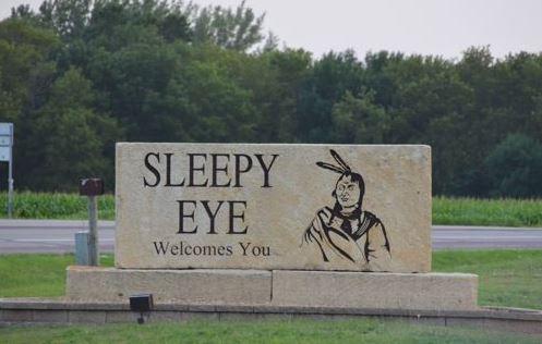 Sleepy-Eye